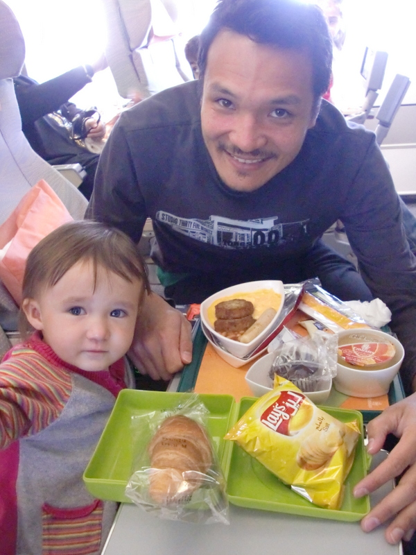 on-board kids meal with Emirates